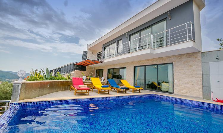 Antalya Kiralık Villa